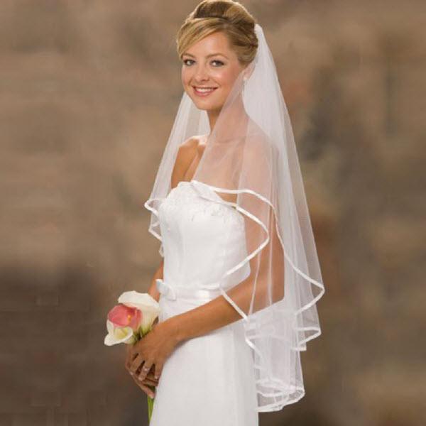 Nên dùng khăn voan cô dâu dáng dài như thế nào