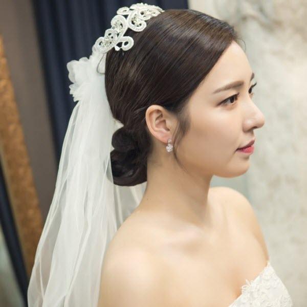 Nguyên tắc chọn trang sức cưới và khăn voan cô dâu hợp lý nhất