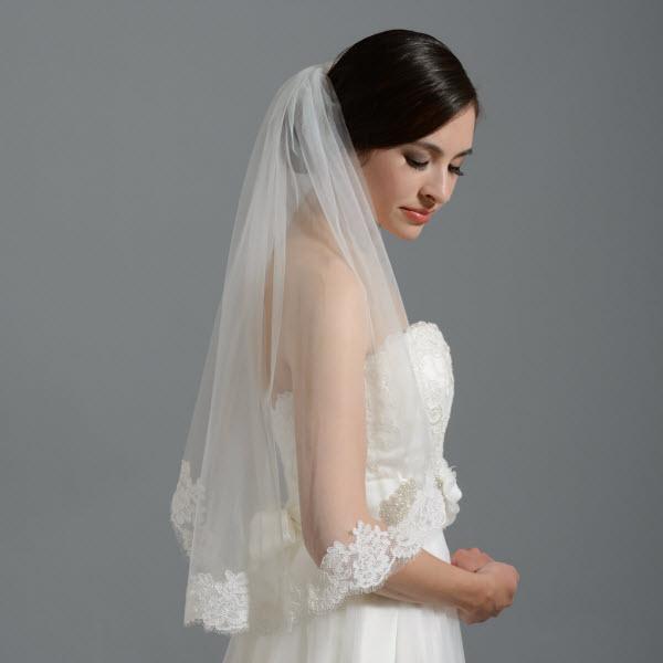 Những điều cần lưu ý khi làm tóc với khăn voan cô dâu