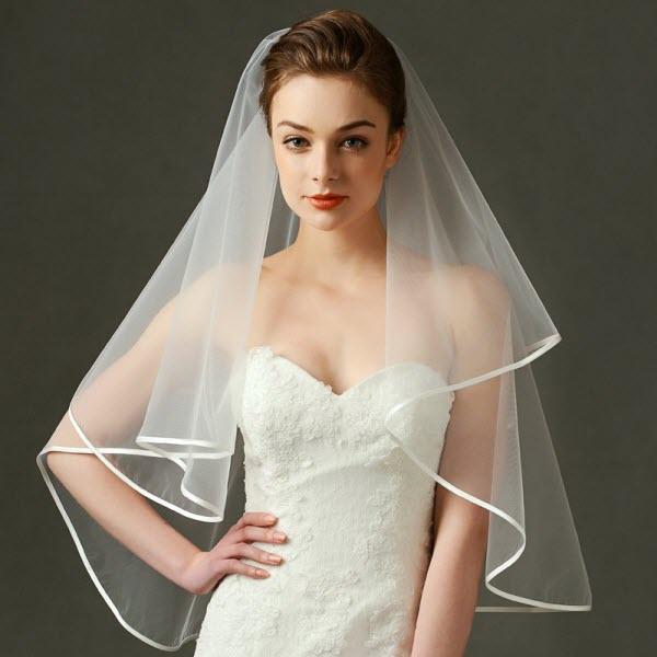 Ý tưởng trang điểm theo tính cách cùng khăn voan cô dâu