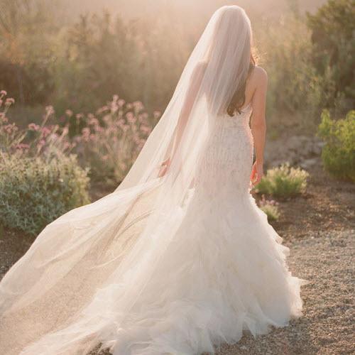 Cách kết hợp kiểu tóc và khăn voan cô dâu đẹp nhất