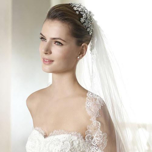 Chọn khăn voan cô dâu cho đám cưới thêm phần lãng mạn