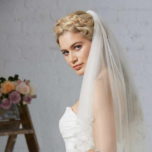 Một vài mẫu khăn voan cô dâu ấn tượng nhất năm