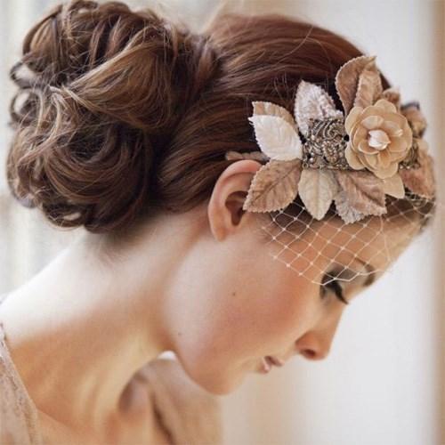 Những lưu ý khi chọn mua bông ren cài tóc cô dâu