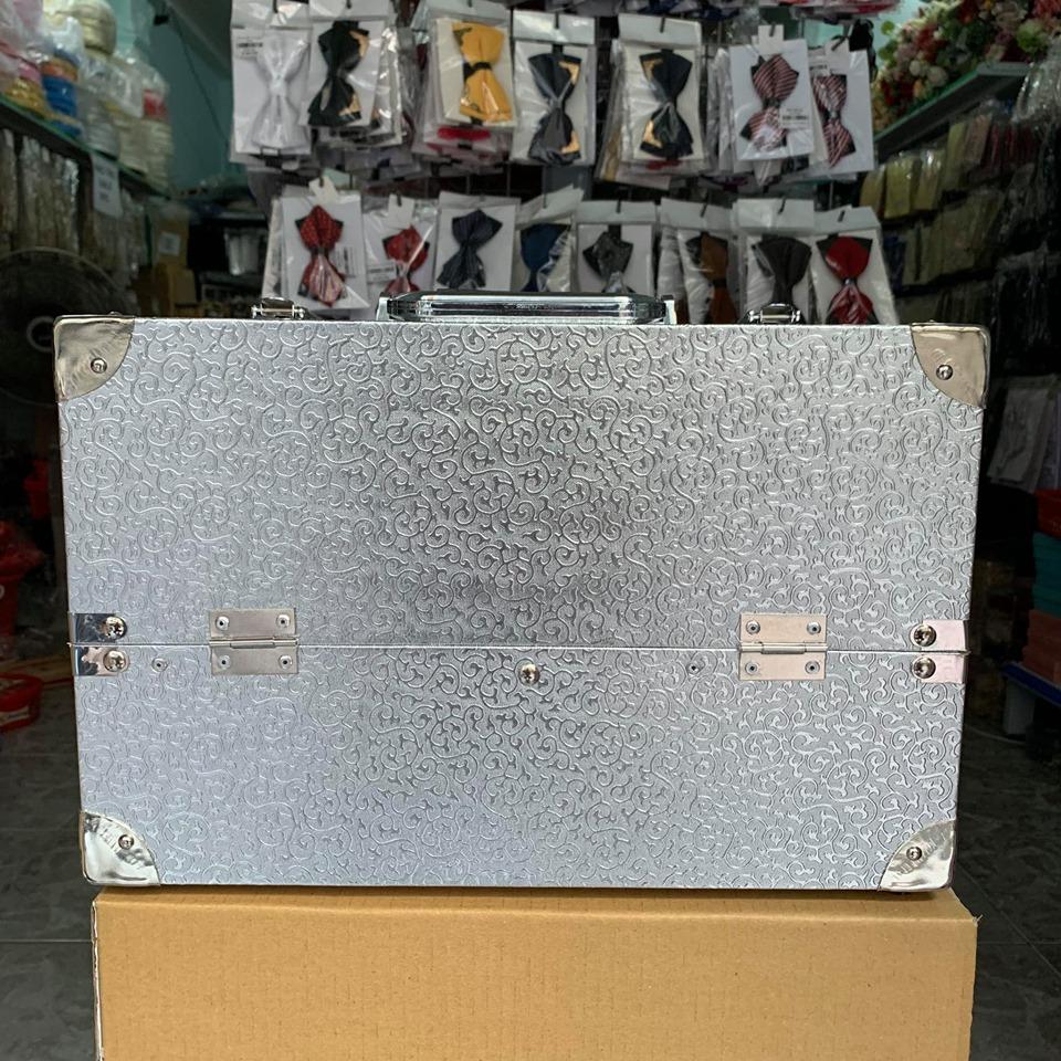 cốp 3 ngăn có hộp đựng cọ , kích cỡ 40x21x27
