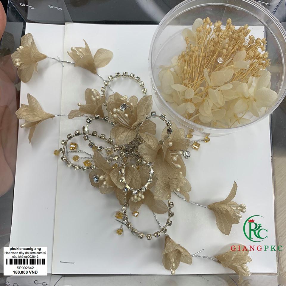 cài tóc kèm hộp hoa