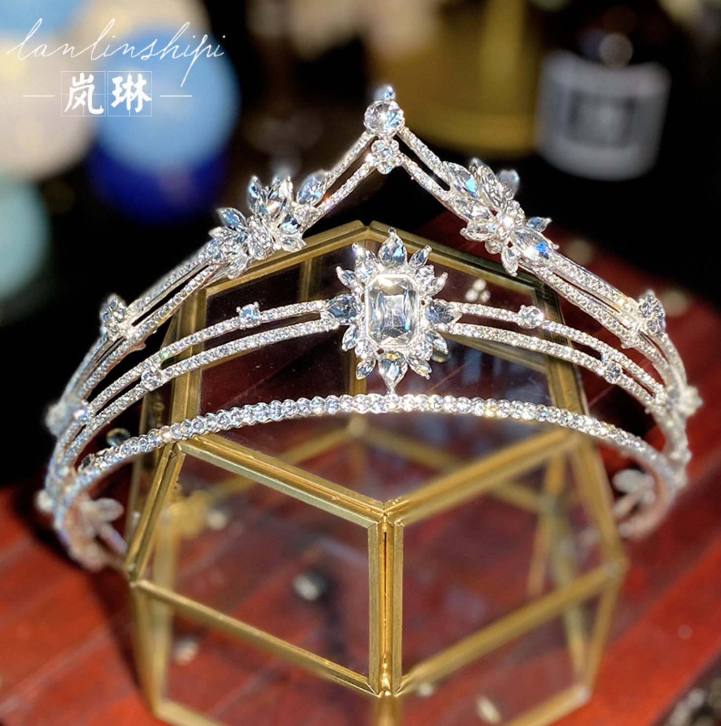vương miện cô dâu xinh